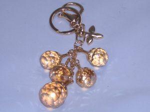 Taschenanhänger oder Schlüsselanhänger mit großen Kristallen